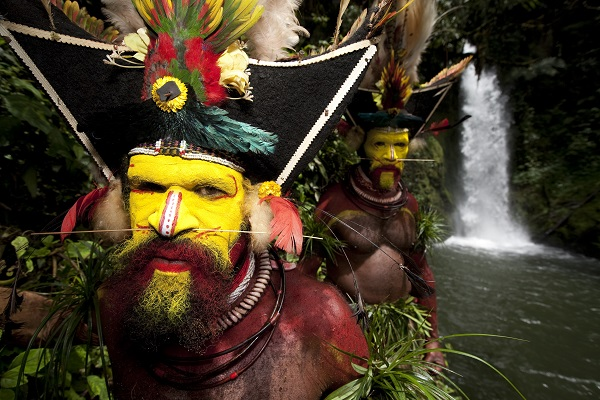 Huli Wigmen In The Forest