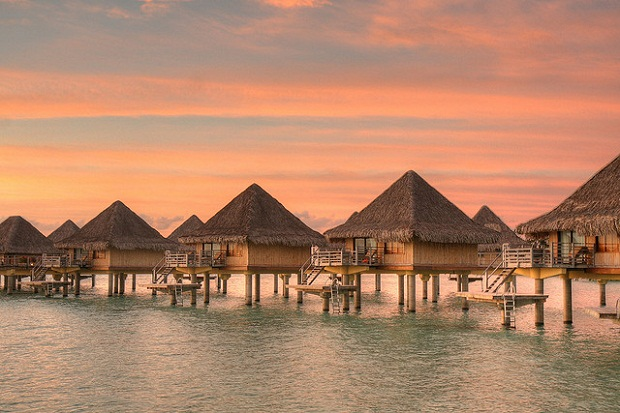 08 Bora Bora Resort 4 estaciones